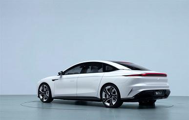 Представлен электромобиль с запасом хода 1000 км, 39-дюймовым экраном и беспроводной зарядкой