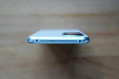 Huawei P50 сравнили с Huawei Mate X2 на живых фото