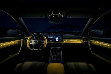 Представлен новый Geely Coolray с огромным экраном, кожаным салоном и атмосферной подсветкой