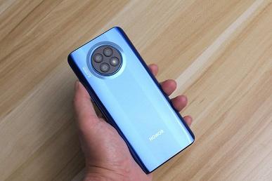 А компания Honor точно ушла от Huawei? Грядущий Honor X20 внешне является копией Nova 8i