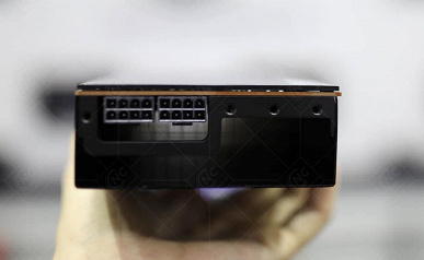 Как будто геймерам хватает видеокарт Radeon RX 6000. XFX начала выпускать такие адаптеры для майнеров