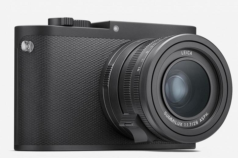 Полнокадровую камеру Leica Q-P дизайнеры постарались сделать неброской
