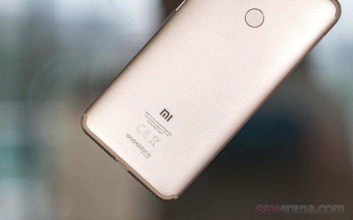 Открыт секрет «молниеносной» распродажи смартфонов Xiaomi в Великобритании