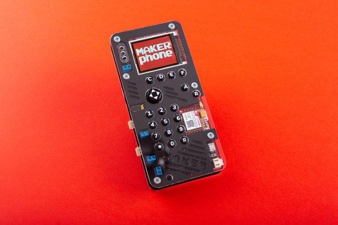 На выпуск наборов для самостоятельной сборки телефонов MAKERphone удалось собрать более 300 000 долларов