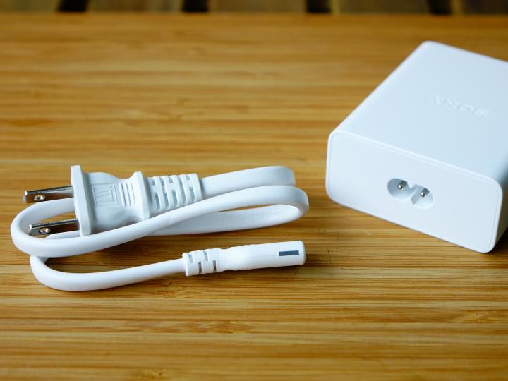 Sony выпустила свое первое быстрое зарядное устройство мощностью 46,5 Вт