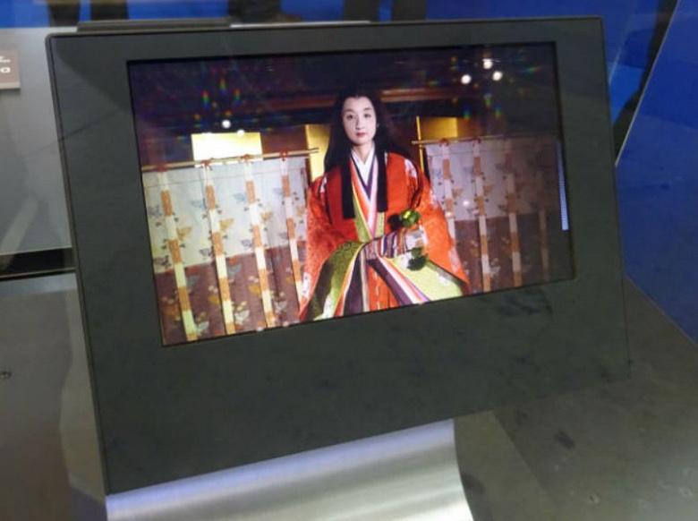 Компания SEL показала дисплей OLED 8K с рекордной плотностью пикселей и складной дисплей OLED размером 8,6 дюйма