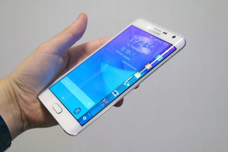 Названа самая полезная особенность смартфонов по мнению пользователей Mail.ru Hi-Tech