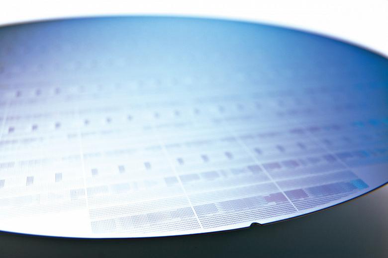 Официально: дефицит процессоров Intel продлится ещё год