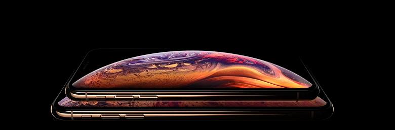 На Apple подали в суд за то, что официальные рекламные изображения iPhone XS скрывают «чёлку» и вводят в заблуждение