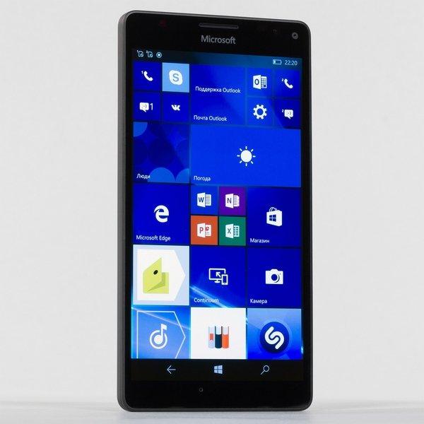 Microsoft распродала все мобильные телефоны сWindows Phone
