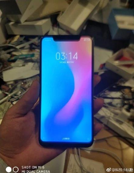 ВСеть утекли новые фотографии Xiaomi Mi7