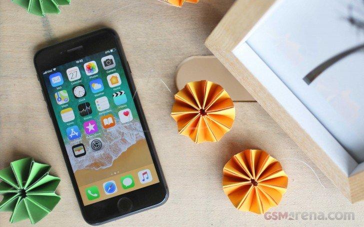 Apple на20% уменьшила объём заказов нановые мобильные телефоны