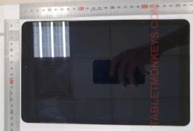 Появилось первое «живое» видео планшета Самсунг Galaxy Tab S4