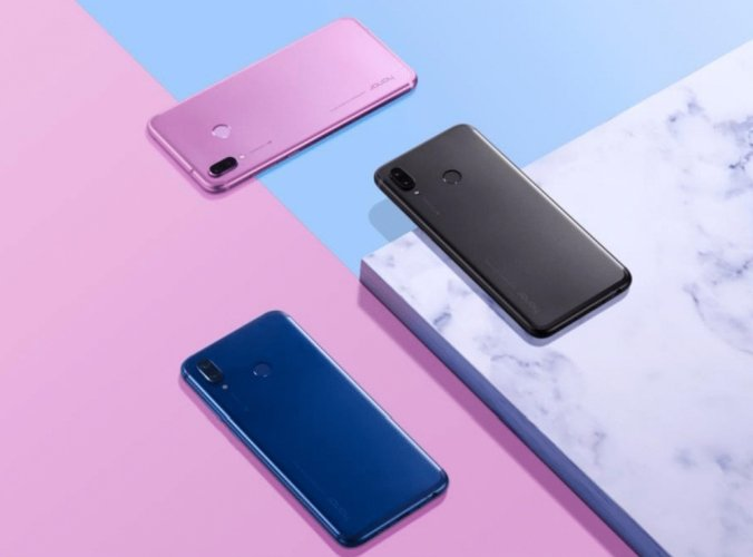 Huawei выпустила смартфон Honor Play в Европе