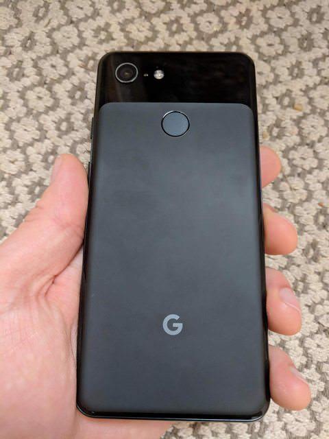 Фотогалерея дня: первые живые фото Google Pixel 3