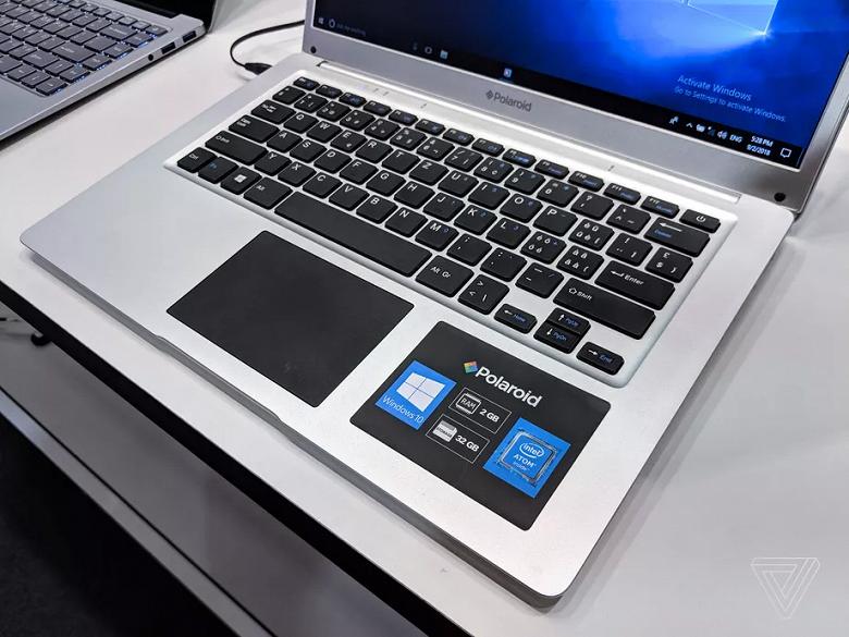 Под брендом Polaroid теперь выпускают дешевые ноутбуки