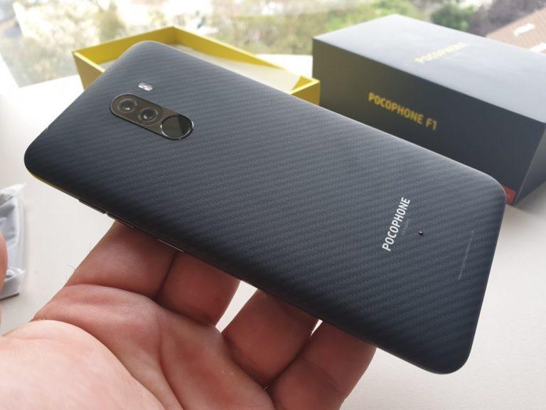 Кевларовый смартфон Xiaomi Pocophone F1 поступил в продажу