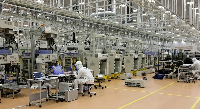 По прогнозу SEMI, расходы на полупроводниковое оборудование в будущем году достигнут рекордной отметки 67,5 млрд долларов