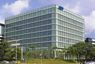 AUO обзаведется новым производством панелей OLED для мониторов и автомобилей