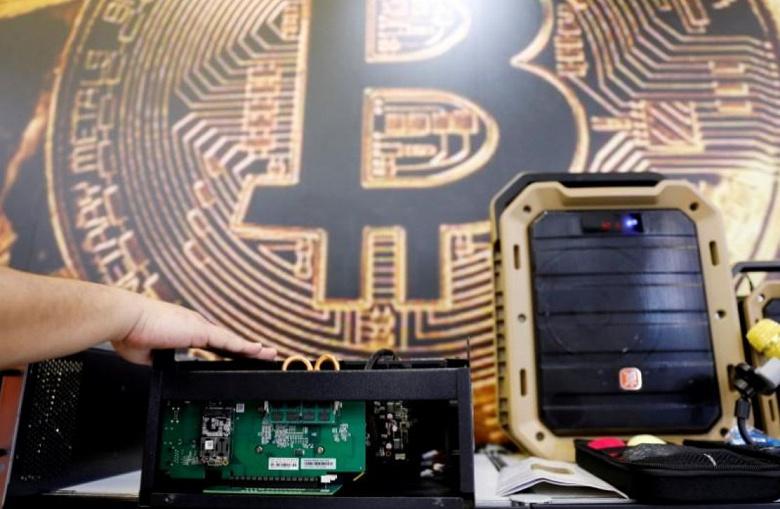 FATF предложит единые правила регулирования криптовалют