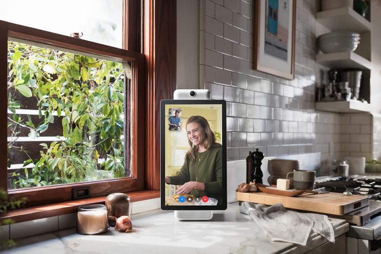 Facebook представила собственный умный дисплей для видеоконференций