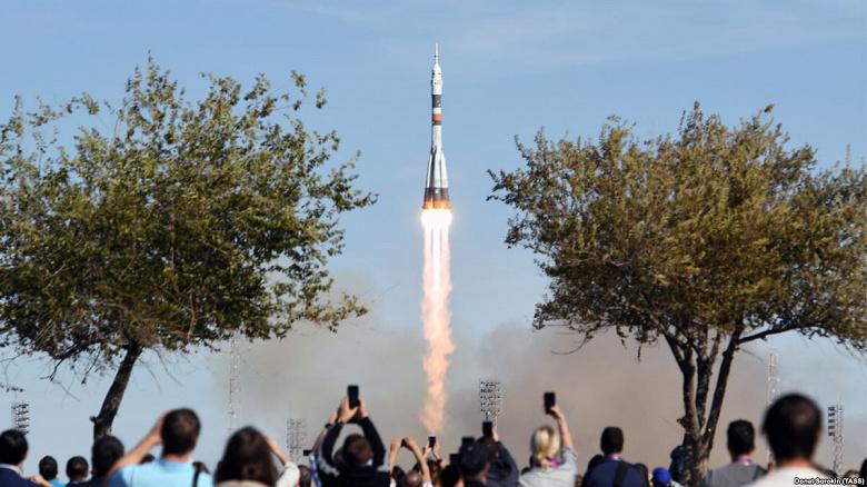 Из-за вчерашней аварии «Союза» экипаж МКС может задержаться на орбите на неопределённый срок