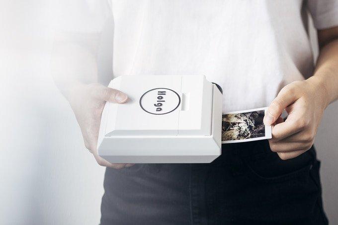 Мобильному фотопринтеру Holga не нужен источник питания