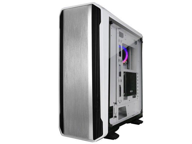 В оформлении корпуса Raidmax Magnus используется сочетание белого цвета и матового алюминия