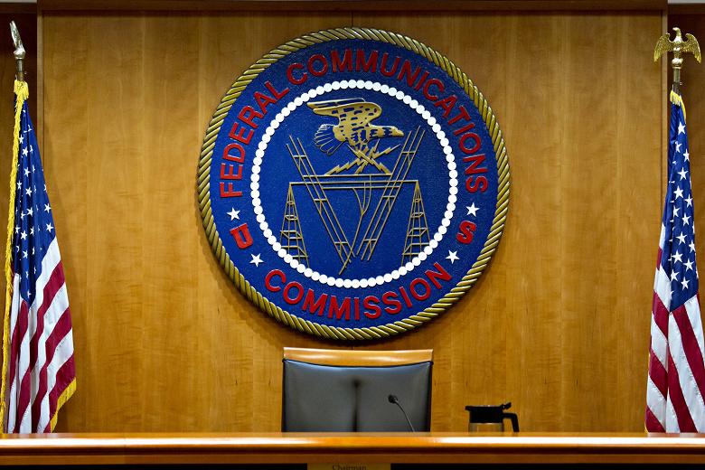 Послезавтра FCC на неопределенный срок приостановит работу из-за недостатка финансирования