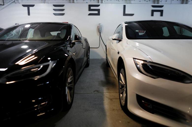 За минувший квартал было выпущено 61394 электромобилей Tesla Model 3