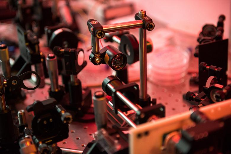 Открытие, сделанное физиками МГУ, поможет усовершенствовать оптические волноводы