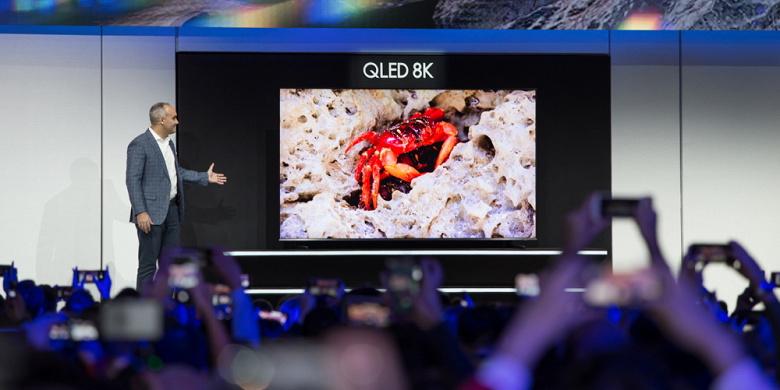 Samsung представила самый большой телевизор QLED с разрешением 8K