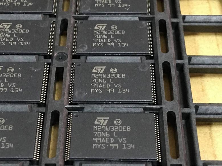 Выпуск флэш-памяти NOR в минувшем квартале сократился на 14%