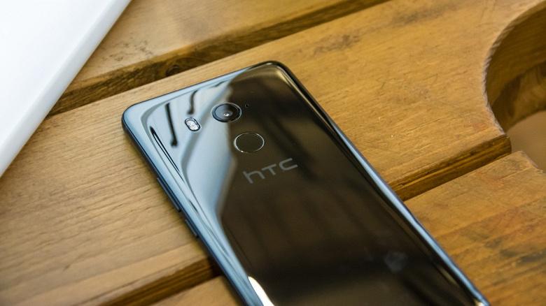 Находящаяся на грани краха HTC не собирается спешить с выпуском своего первого смартфона с 5G