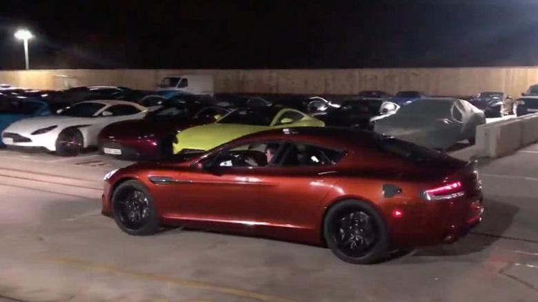 Прототип электромобиля Aston Martin Rapide E впервые показан в движении