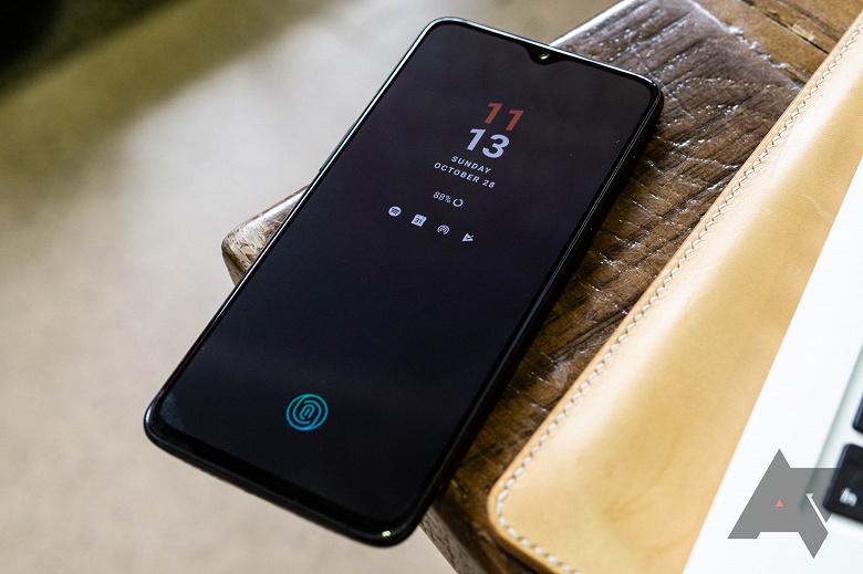 Новые смартфоны OnePlus и Oppo могут получить поддержку беспроводной зарядки