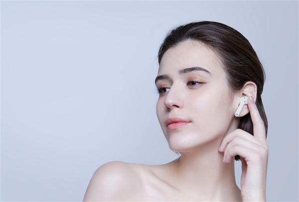 Представлены беспроводные наушники Xiaomi Mi AirDots Pro стоимостью $60
