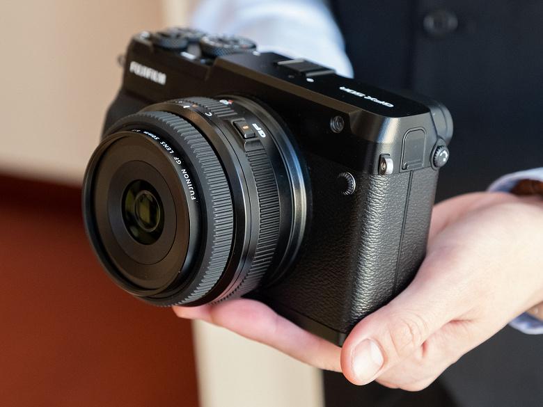 Появились изображения и некоторые технические данные объектива Fujinon GF 50mm f/3.5 LM WR