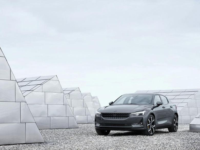 Volvo анонсирует конкурента Tesla 3