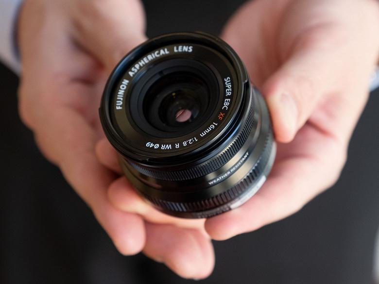 Объектив Fujinon XF 16mmF2.8 R WR оценен производителем в 400 долларов