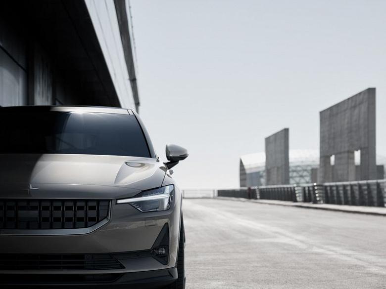 Новый конкурент Tesla Model 3. Представлен пятидверный электрический седан Polestar 2 с Android на борту
