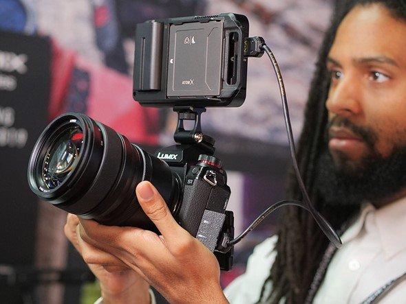 Рекордеры Atomos Ninja V и Inferno будут поддерживать с камерами Panasonic Lumix S1 запись видео 4K с 10-битным представлением, цветовой субдискретизацией 4:2:2 и HDR