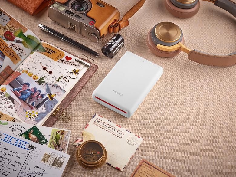 Для любителей мобильного фото. Объявлена цена на портативный фотопринтер Huawei в России