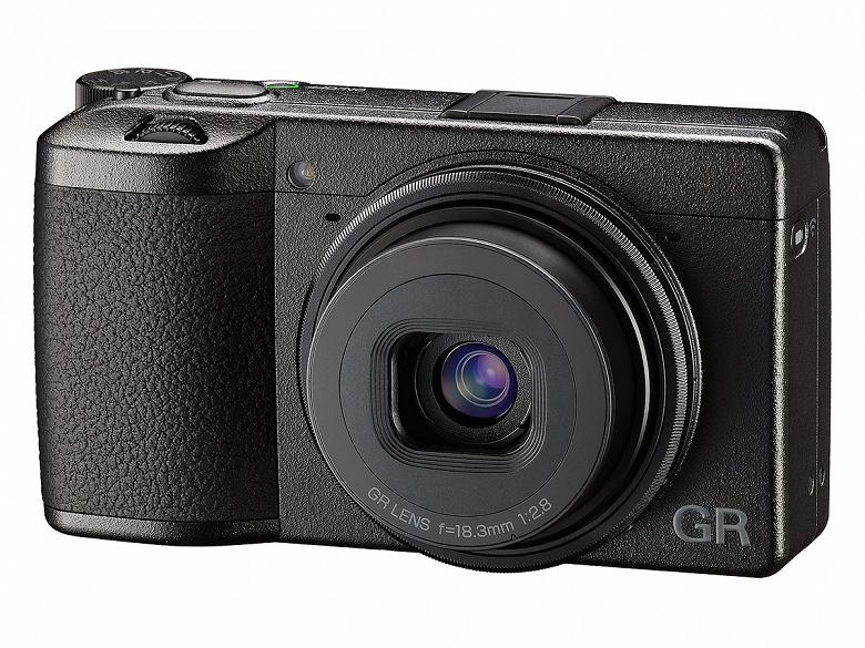 Представлена камера Ricoh GR III