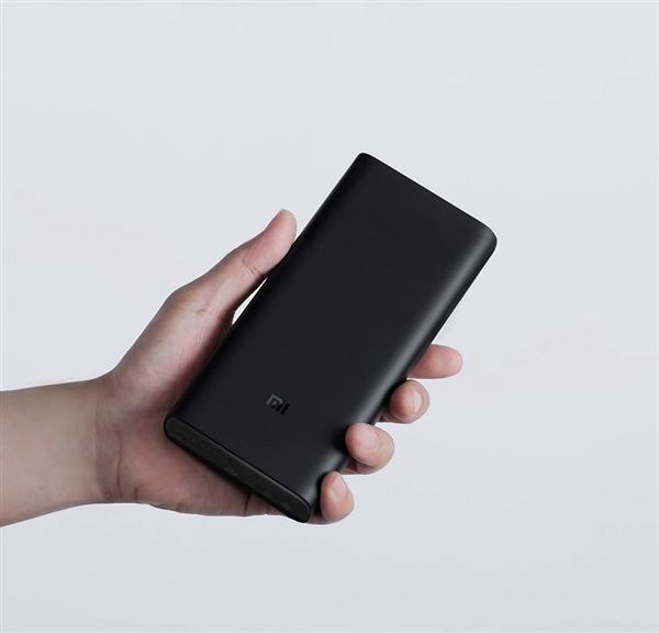 Вместе с Xiaomi Mi 9 представят первый в истории Xiaomi портативный аккумулятор с беспроводной зарядкой