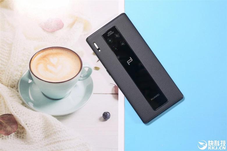 Самый дорогой смартфон серии Huawei Mate 30 оказался полностью распродан в первый же день