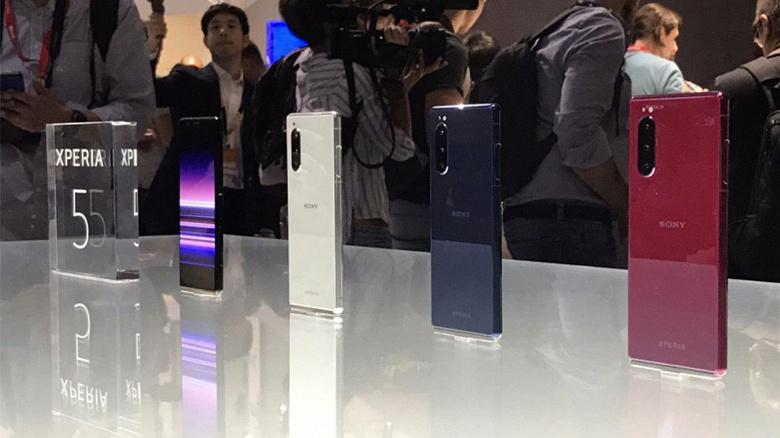 Sony прекращает разработку смартфонов