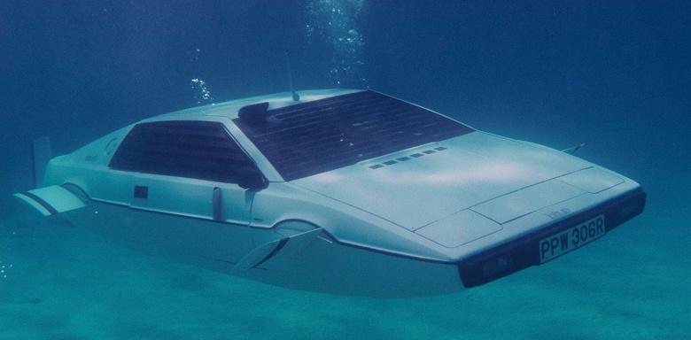 Представлен самый футуристический электромобиль Tesla – пикап Cybertruck