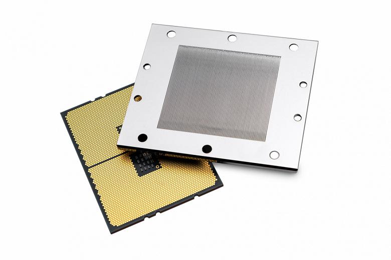 Компания EK Water Blocks заверила, что ее водоблоки совместимы с процессорами в исполнении sTRX4