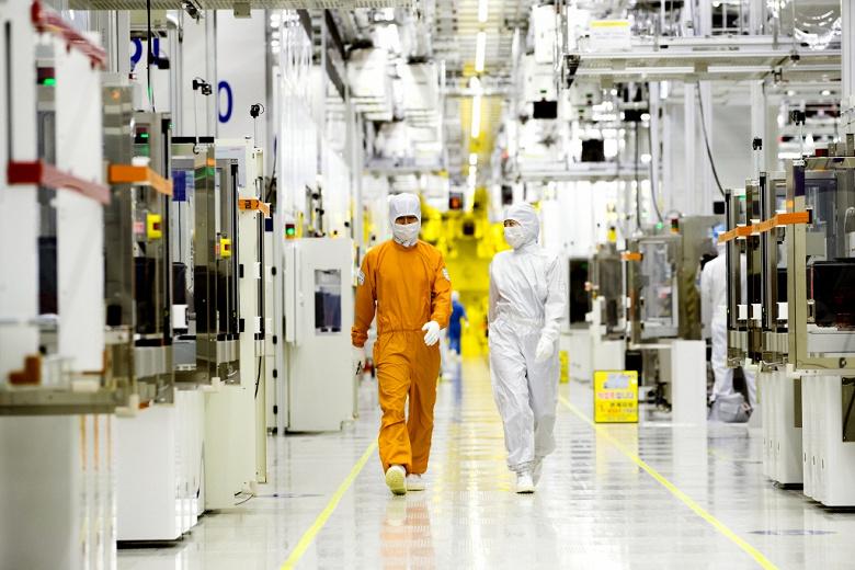 На фабрике Samsung, выпускающей продукцию с использованием EUV-литографии, произошло отключение электричества